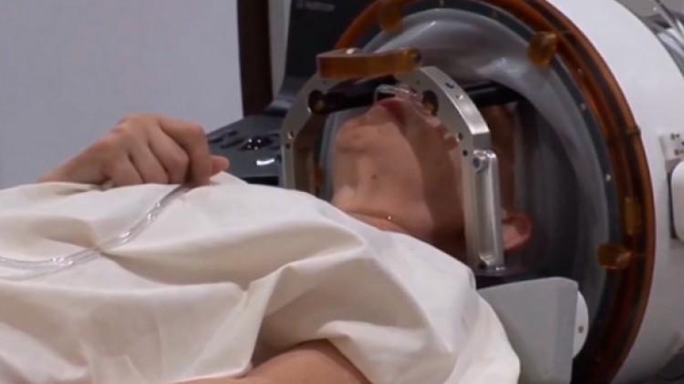 Primer tratamiento en España contra el temblor esencial sin pasar por el quirófano
